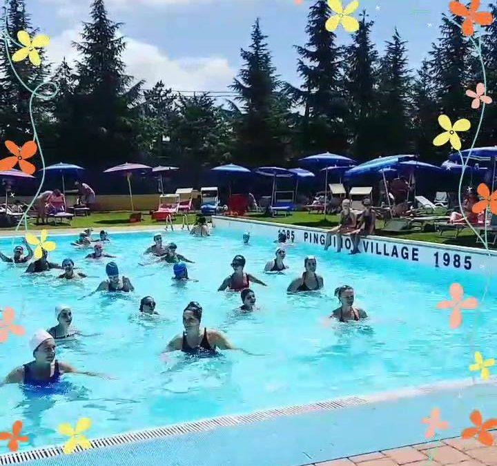 La domenica la giusta #energia e nel posto giusto!!! #pinguinonuoto #village #estate2018 〰️ info…